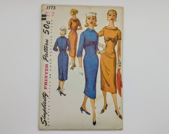 Vintage Dress Sewing Pattern for Women Simplicity 1773 Size 16 B36 W28 H38