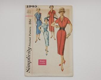 1950s Vintage Dress Sewing Pattern  Women Simplicity 1945 Size 14 B34 W26 H36