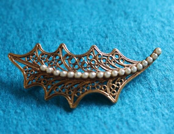 Faux Turquoise Brooch 1950/'s Brooch Openwork Brooch Vintage Marcasite Brooch Leaf Brooch