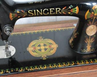Singer 66k 'lotus' back clamp hand crank sewing machine