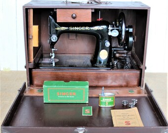 Singer 99k hand crank sewing machine