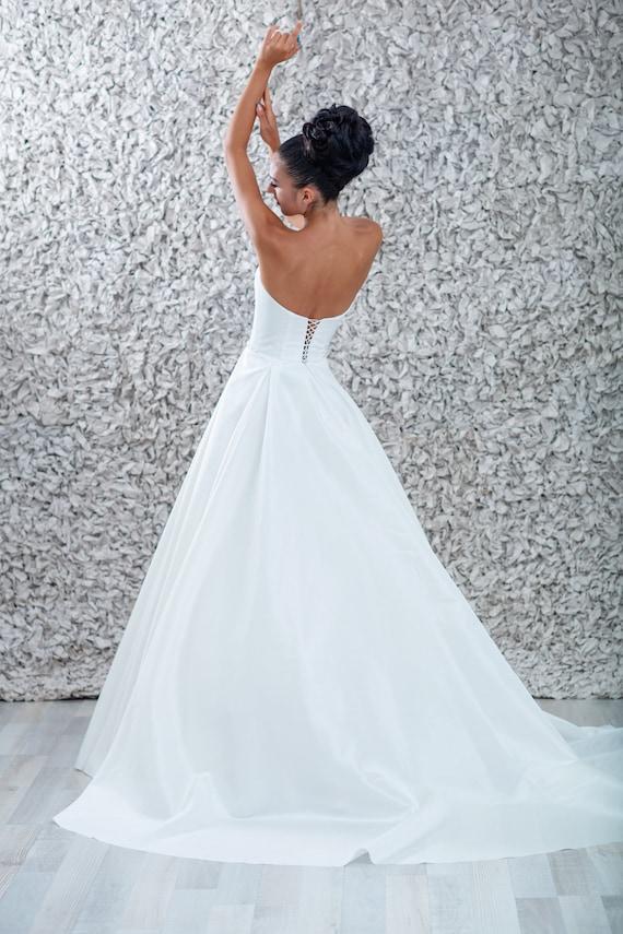 Tafty Suknia ślubna Suknia ślubna Bez Rękawów Suknia ślubna Etsy