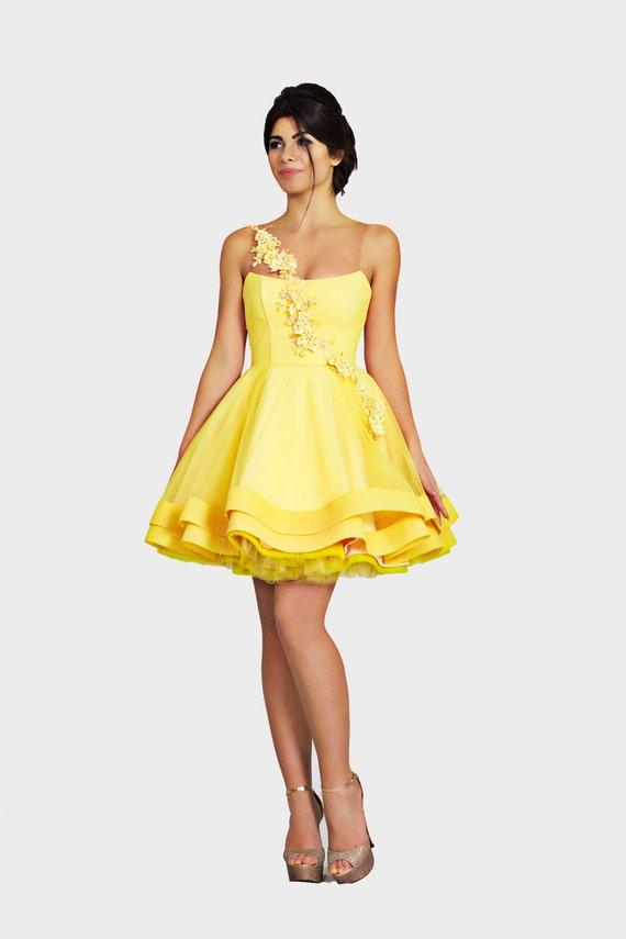 newest 665d9 7ff60 Abito corto giallo, Prom vestito da ballo, Beaded chiffon abito, Abito da  cocktail elegante, Fit e abito da sposa, Abiti da damigella abito giallo ...