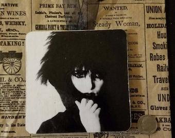 Siouxsie Sioux sign