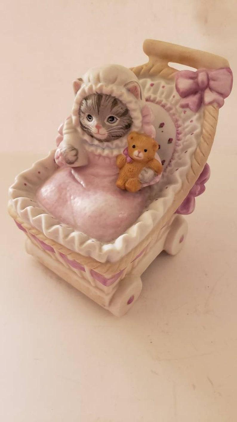 Kitty cucumber music box brahms lullaby