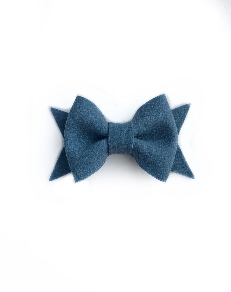 "Handmade set of 2 navy blue glitter Hair Bow Clips 2.5/"""