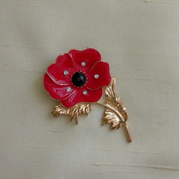 Red Poppy Rememberance Magnetic Pin