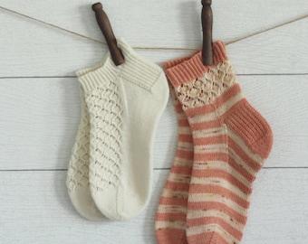 Midsummer Blossoms sock pattern