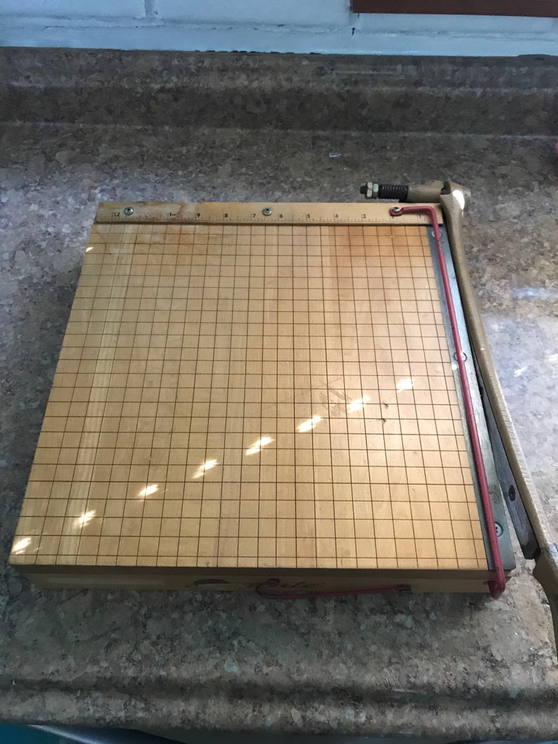 1132-12 in  solid Ingento Paper Cutter No vintage pappercutter