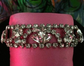 Fabulous vintage Weiss, old Hollywood glam, rhinestone bracelet, silver crystal bridal bracelet, 1950s, great Gatsby