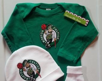 78b65b6340b Boston Celtics baby outfit  boston celtics baby boy boston celtics baby  shower gift celtics baby boy boston celtics take home celtics baby