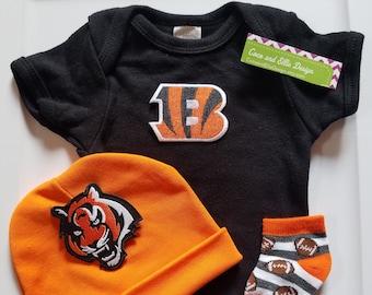 Cincinnati Bengals baby outfit cincinnati bengals baby shower gift baby  bengals bengals baby outfit 42053caec