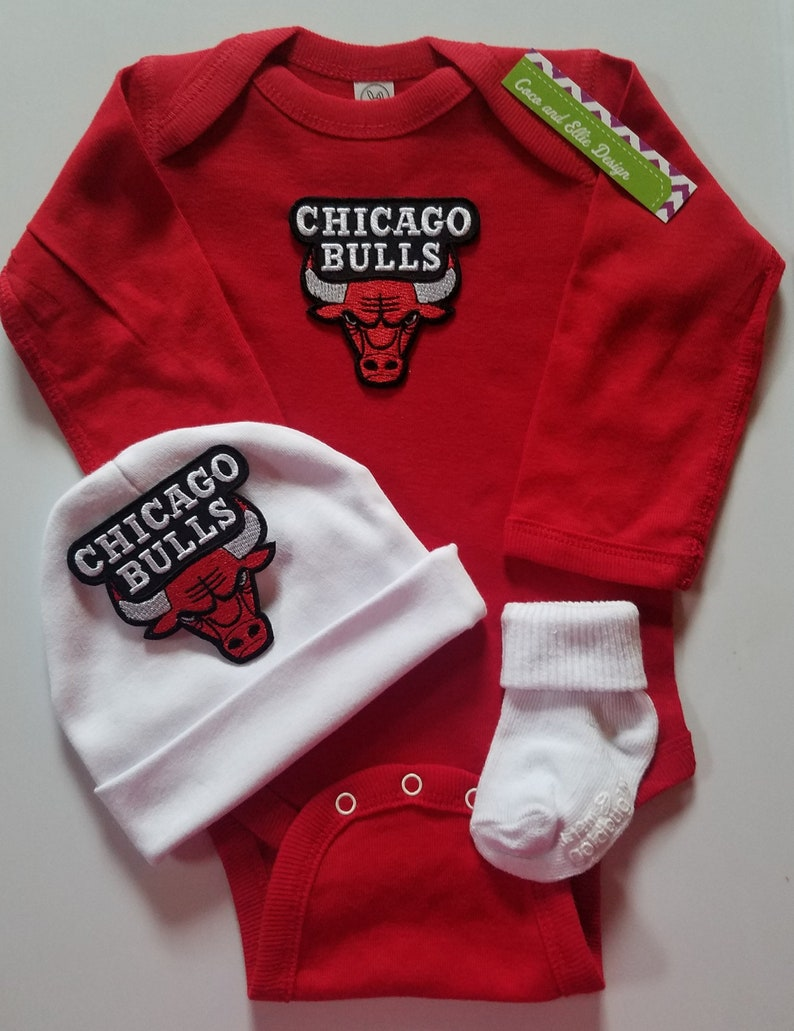 brand new 64494 d11f8 Chicago bulls baby outfit/chicago bulls baby shower gift/bulls baby/baby  chicago bulls/newborn chicago bulls/chicago bulls take home