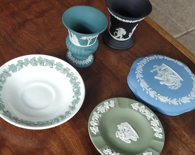 Vintage Wedgwood Lot - urn, vase, ashtray, lid, saucer - Jasper