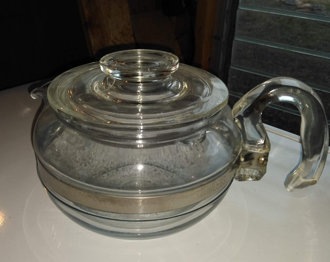 Vintage Pyrex 6 cup tea pot - Flame ware - 6446 B
