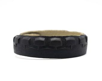 Up cycled mtb tire bracelet, vegan handmade bracelet, rubber bracelet, pneumatic bracelet, gift for him, biker lover bracelet
