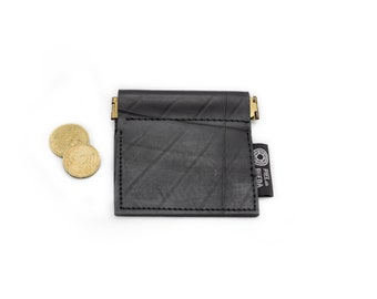 Upcycled vegan coin purse, handmade inner tube coin purse, pocket coin purse, innert tube wallet for him, eco gift idea, rubber coin purse