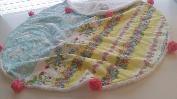 In Stock - Pom Pom Dream Circle Blanket - Baby /Toddler / Kids Round  Blanket - Shabby Chic Rose Bouquet Yellow Damask Sky