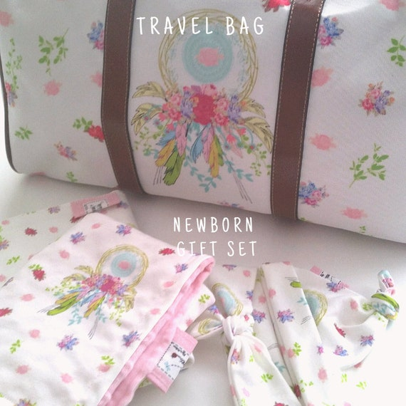 Dream Catcher Mom Hospital Bag - New Baby Bag, Ready Bag & Newborn Gift Set | Travel Bag, Weekender Overnight Bag | Shabby Chic Boho Floral