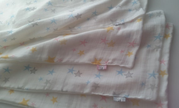 In Stock - LOVIE 2 layer DOUBLE Gauze Organic Sweet Pea Gauze Baby Blanket - Twinkle Stars in Pink & Blue