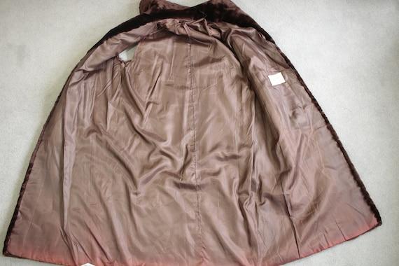 1960s-1970s brown mouton fur vest {Real fur/vinta… - image 7