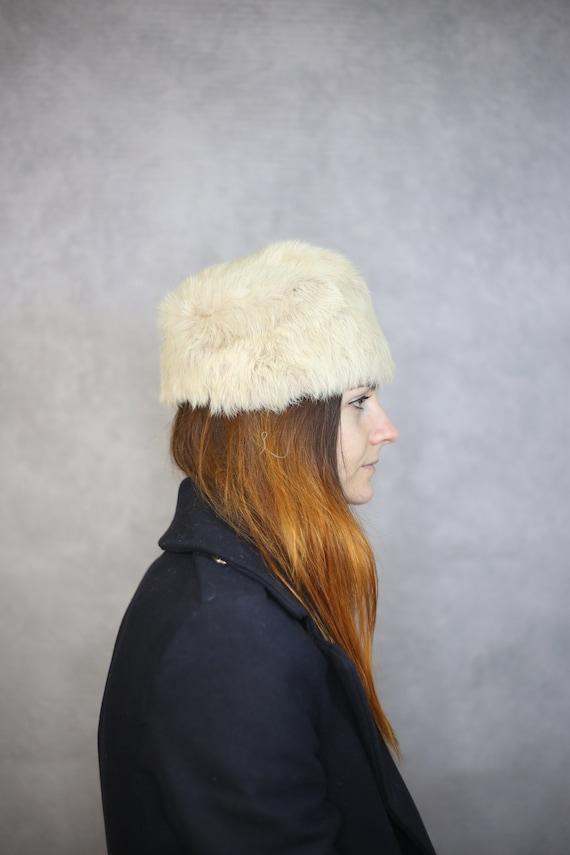 Size S   1930s blush pink rabbit fur hat {Real rab