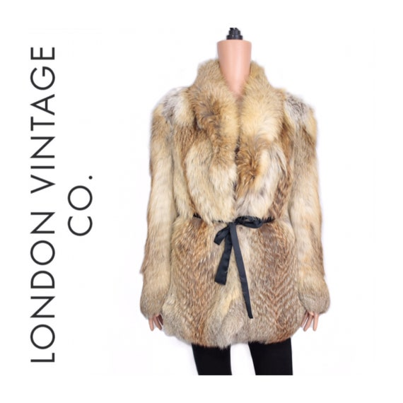 1990s cross fox fur coat {Vintage fox fur/real fox