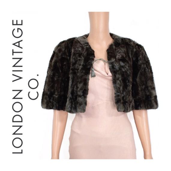 1930s-1940s mole fur cape {Real fur/vintage fur/bl