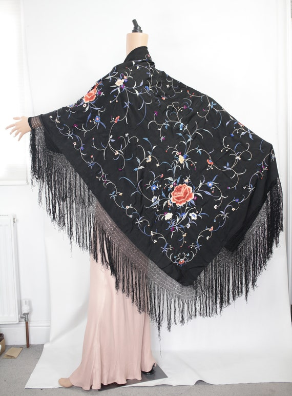 1910's-1920s-1930s Chinese piano shawl with colou… - image 3