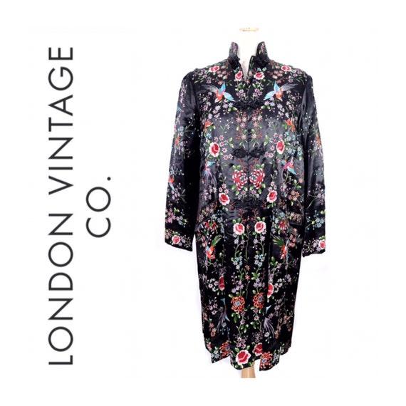 Vintage black embroidered coat {vintage embroider… - image 1