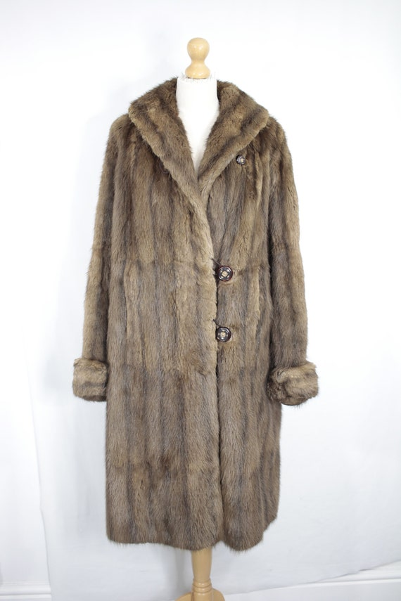 1950s-1960s brown musquash fur coat {Vintage fur … - image 2