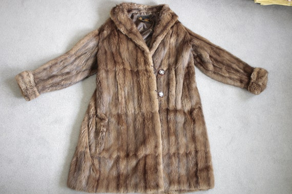 1950s-1960s brown musquash fur coat {Vintage fur … - image 6