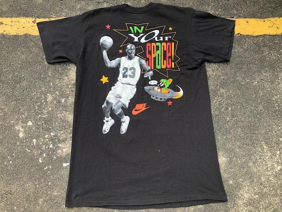 VTG NIKE Michael Jordan Space Jam In Your Space Ma