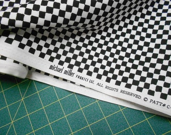 Fabric-1/2 or 1yd #3362-B&W/black+white check/checkered/checker flag print/board/race car/Michael Miller/Clown Check