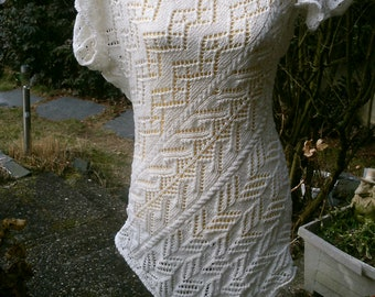 Extravagant, knitted, white tunic, Gr. 36-38 (s), UK 10-12, US 8-10