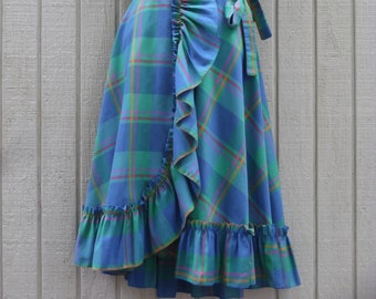 70s Vintage Plaid Ruffled Wrap Skirt Size Large by Alakazam