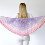 Crochet shawl pattern: Flower Puff Shawl - triangle shawl crochet pattern, shawl pattern, written pattern, crochet shawlette, crochet wrap