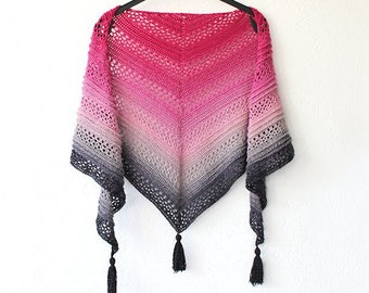 Triangle shawl crochet pattern: This Is Me Shawl - easy triangle scarf wrap shawlette crochet pattern tutorial