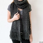 Awesome Andrea Scarf - Fast crochet scarf, free crochet pattern, simple beginner-friendly shawl wrap for beginners