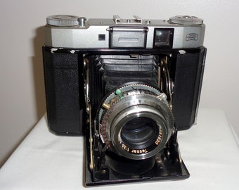 1950s Zeiss Ikon Super Ikonta IV 534/16 120 Roll Film Camera. Analogue Folding Camera. Ever Ready Case. Two Zeiss Filters. Built in Meter.