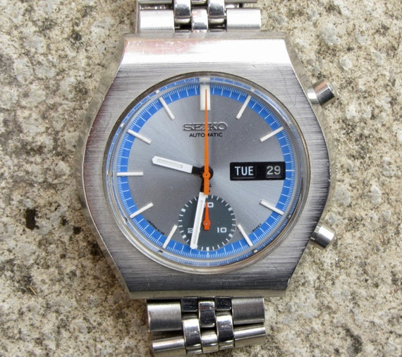 Vintage Seiko Chronograph 6139 8029 Stainless Steel Automatic Watch. Working Condition. Serial Number 740636.