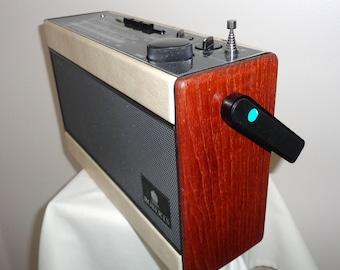 1990s Portable Roberts R701 3 Waveband Transistor Radio. Working Order. British Made Radio. Battery/ Cell Powered.