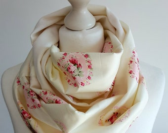 """Loopscarf """"Hearts&Roses"""""""