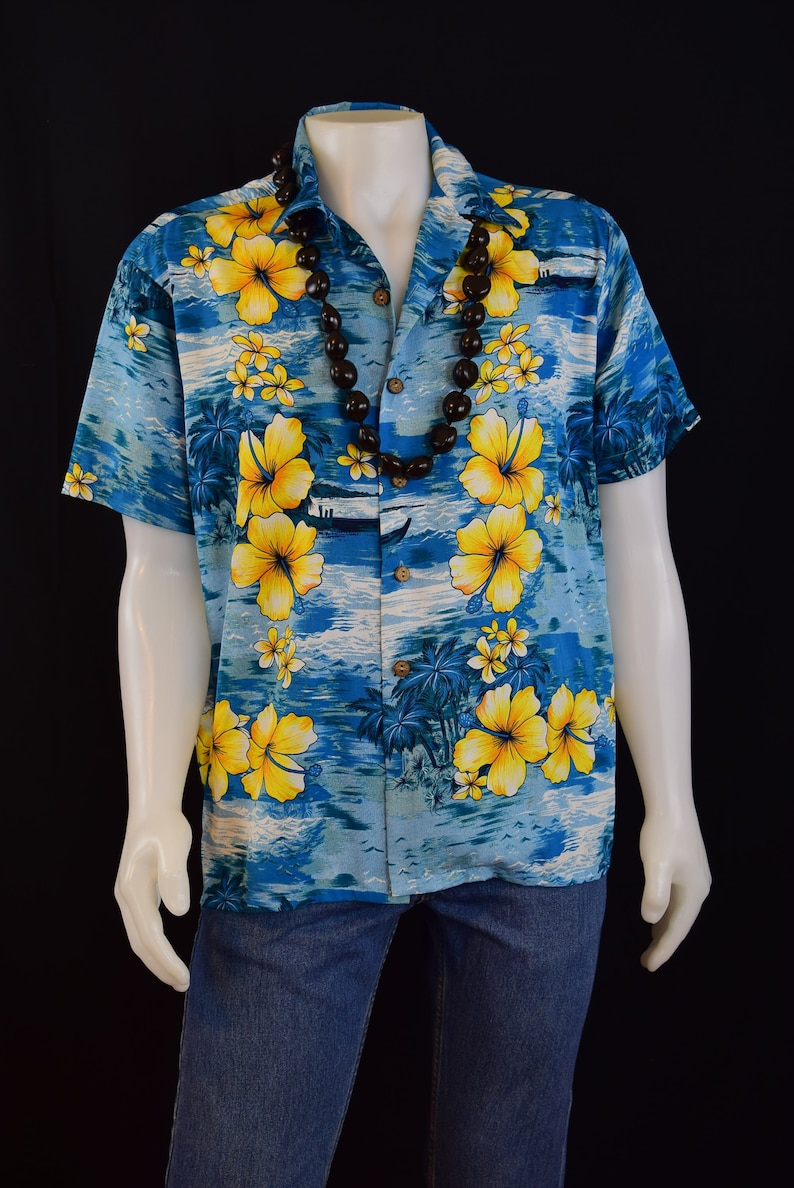 cdfed531 Mens Shirt 80's 90's Hawaiian Tropical Mens Shirt | Etsy