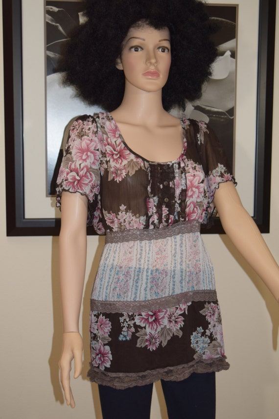 a6459a85325 Sexy Fab Hip Hop Vintage Sheer floral Blouse by Maurice