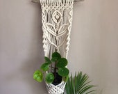 Macrame wall planter, Hanging indoor plant holder, Boho plant pot, bohemian wall decor, driftwood planter