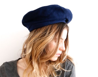 9054b6692ae88 Vintage Wool Beret Made in Finland Hat Dark Blue Beret French Hat Soft Beret  Spring Hat Warm Hat Ladies Hat Classic Hat Small Beret Hat