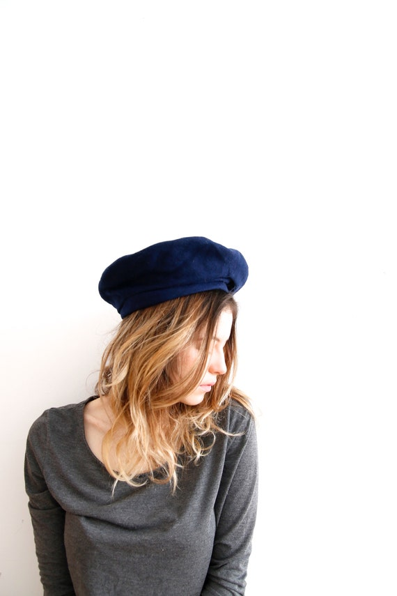 Vintage Wool Beret Made in Finland Hat Dark Blue B