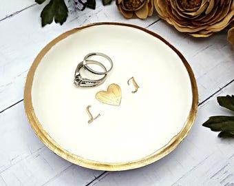 Engagement ring dish personalized, Ring Dish Personalized jewelry dish, Ring dish engagement ring holder, Wedding ring holder, Catchall dish