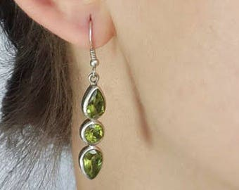 Peridot Earrings Peridot Jewelry Dangle Earrings Drop Earrings Birthstone Jewelry Bridesmaid Gift for Mom Gift  Graduation Gift Bridal gift